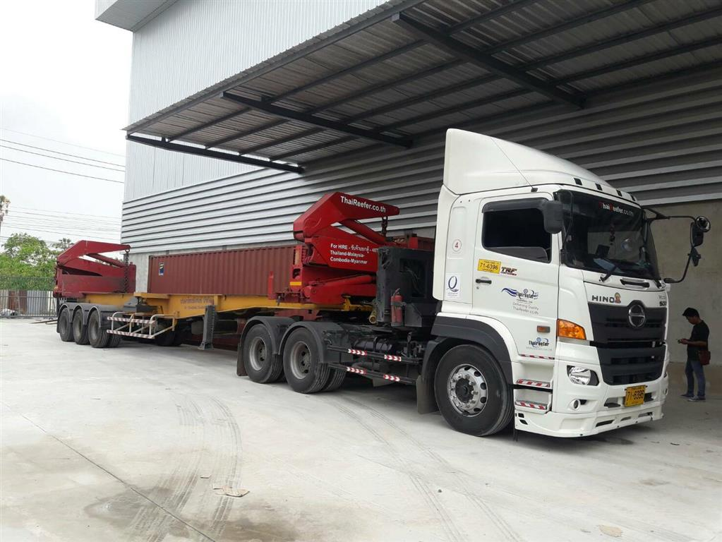 Thaireefer Trailer Container Lifter